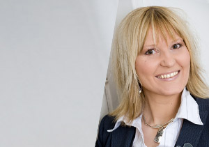 Karine Robin CMO courtier Chouette assurance